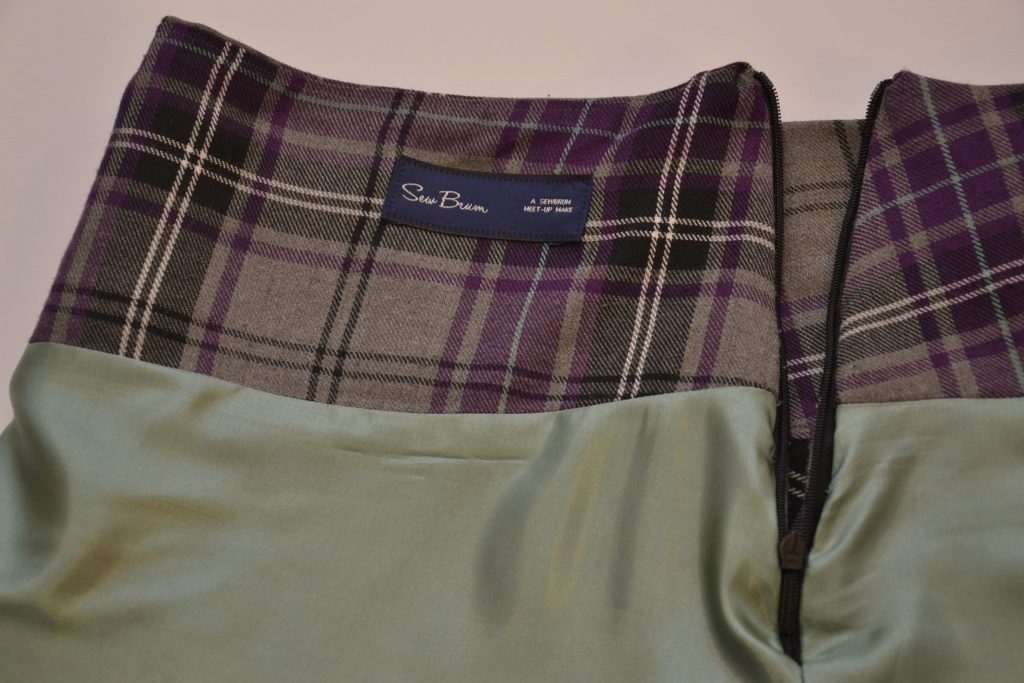 Love sewing tartan skirt inside of invisible zip
