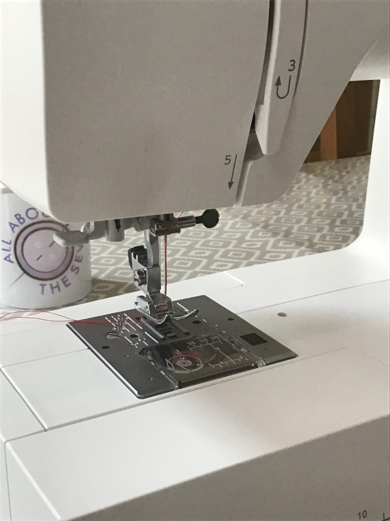 Sewing machine with light off